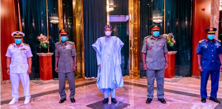 Pictures Emerge as President Buhari Meets The New Service Chiefs